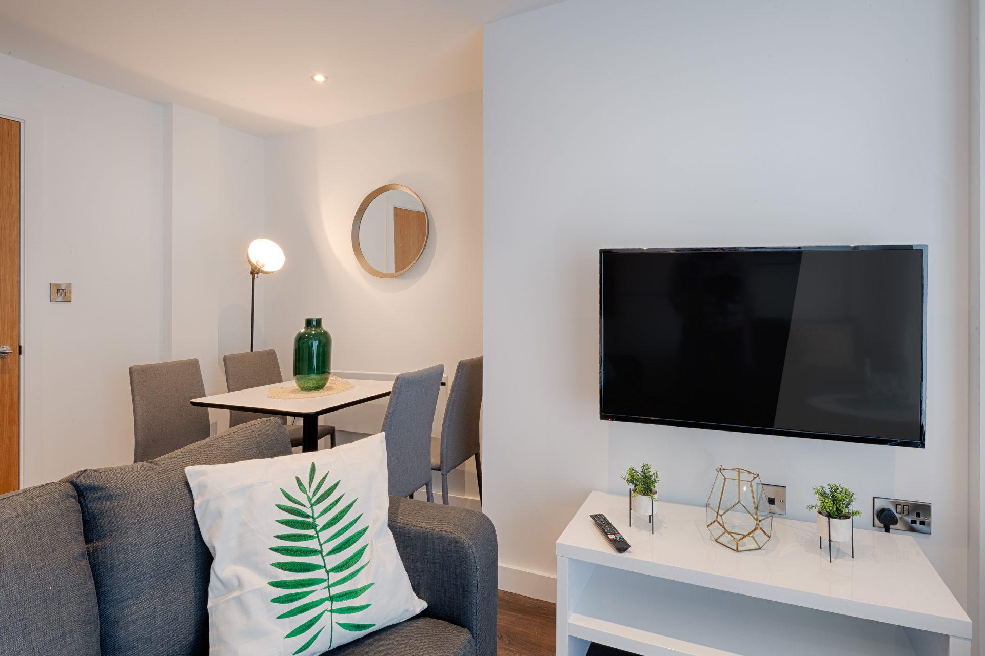 CERT-Projects-PopWorks-Livingroom